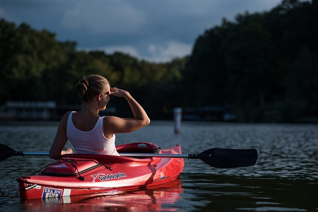 pratiquante de kayak