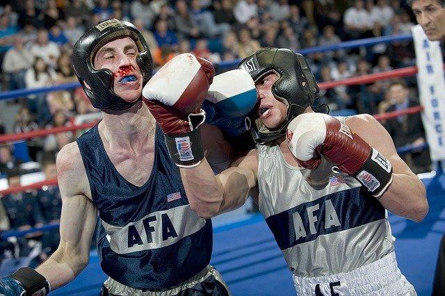 des pratiquants de boxe