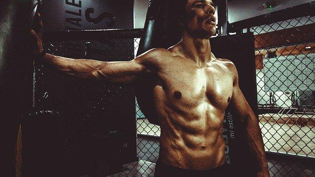 homme muscle en ufc